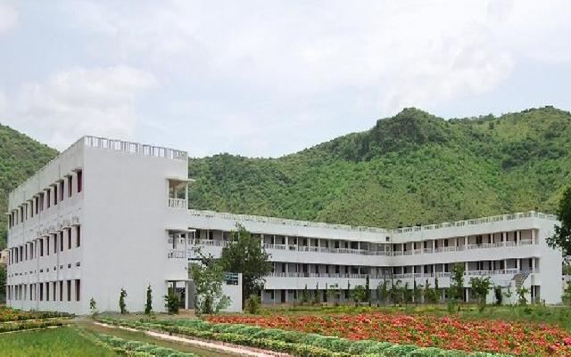 ANDHRA LOYOLA INSTITUTE OF ENGINEERING AND TECHNOLOGY in andhra pradesh