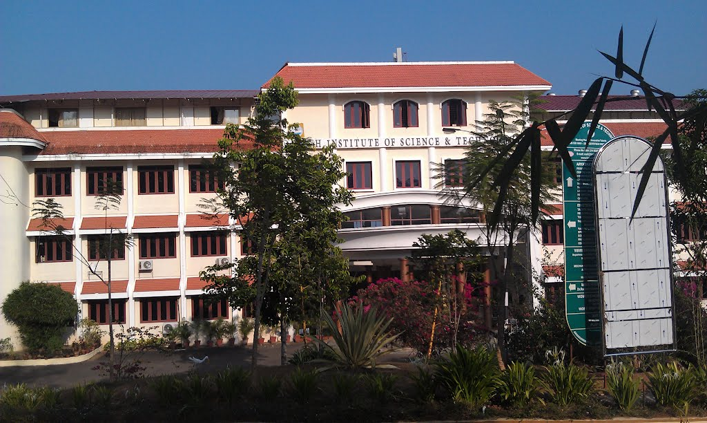 Toc H Institute Of Science And Technology in Kerala