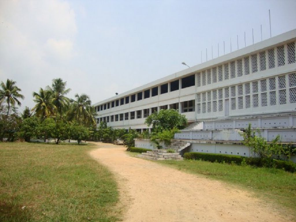 aquinas college in Kerala