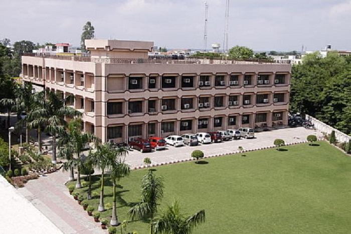 Post Graduate Diploma Management jaipuria Lucknow