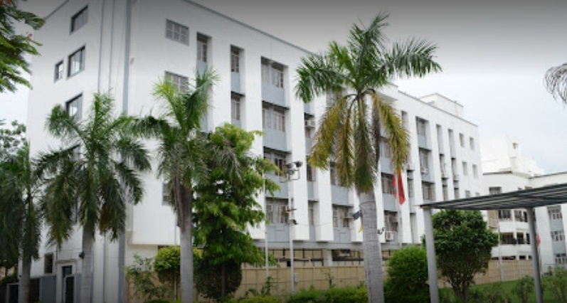 SKIP Ahmedabad College Campus